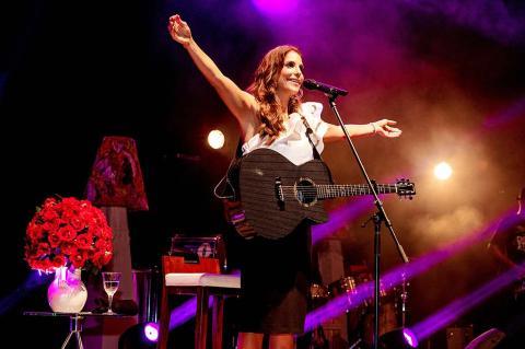 Ivete Sangalo faz show 'Intimista'
