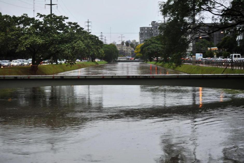 Situação do Arroio Dilúvio após chuvarada que atingiu a Capital na madrugada e manhã desta segunda-feira.