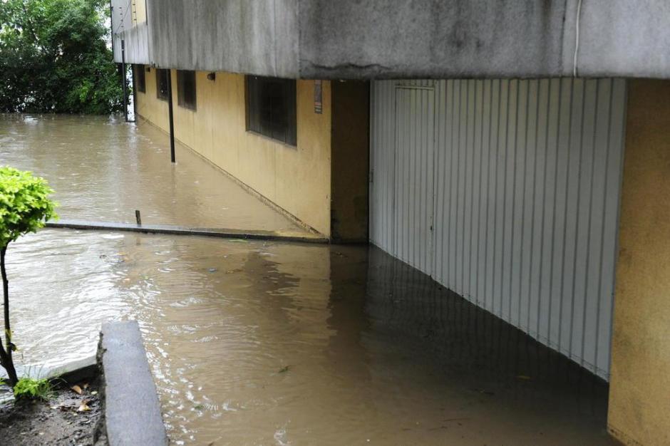 Bairro Sarandi foi mais atingido pela chuva